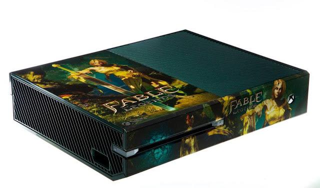 Компания Microsoft показала 20 коллекционных приставок Xbox One