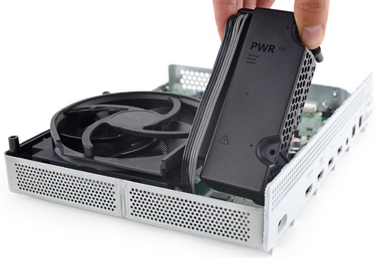 iFixit оценили ремонтопригодность Xbox One S и нашли отличия в «железе» от Xbox One