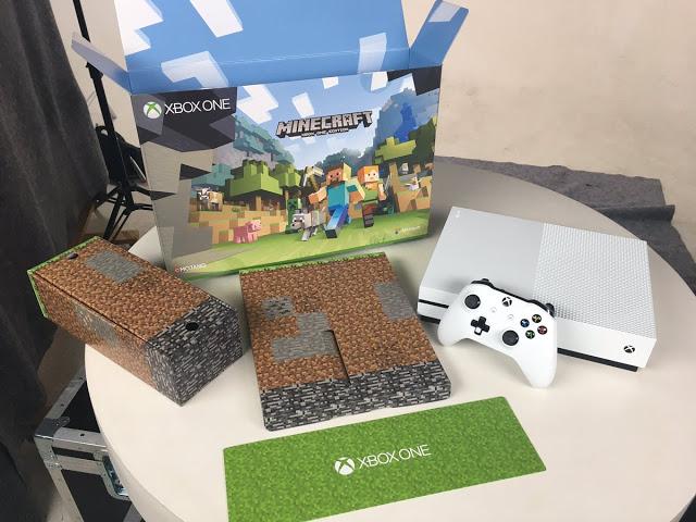 Бандл Xbox One S в комплекте с Minecraft сумел удивить при распаковке