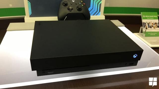 Как выглядит Xbox One X на реальных фотографиях