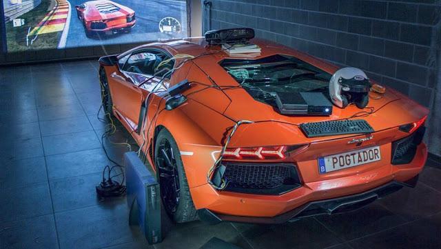 Игрок использовал настоящий Lamborghini для игры в Forza Motorsport 7