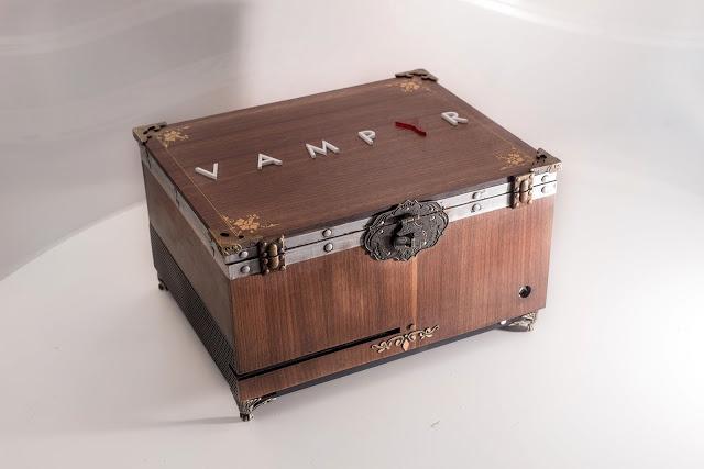 Создатели игры Vampyr разыгрывают коллекционную Xbox One в виде сундука