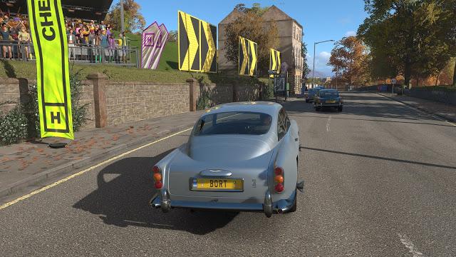 В чем отличия версии Forza Horizon 4 на Xbox One X от Xbox One