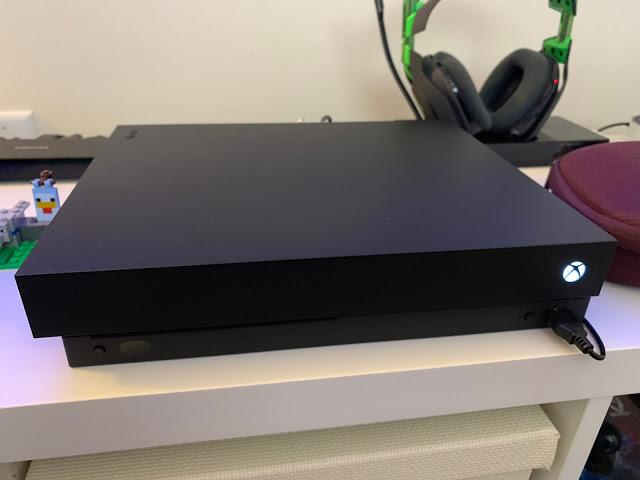 Xbox One лишилась наклейки с предупреждением, команда TeamNoSticker победила
