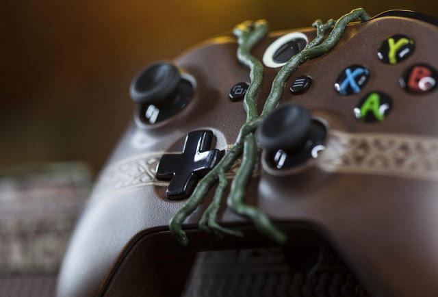 Microsoft выпустила консоль Xbox One X в уникальном дизайне Shadow of the Tomb Raider