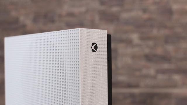 В сети появились подробности консоли Xbox Maverick