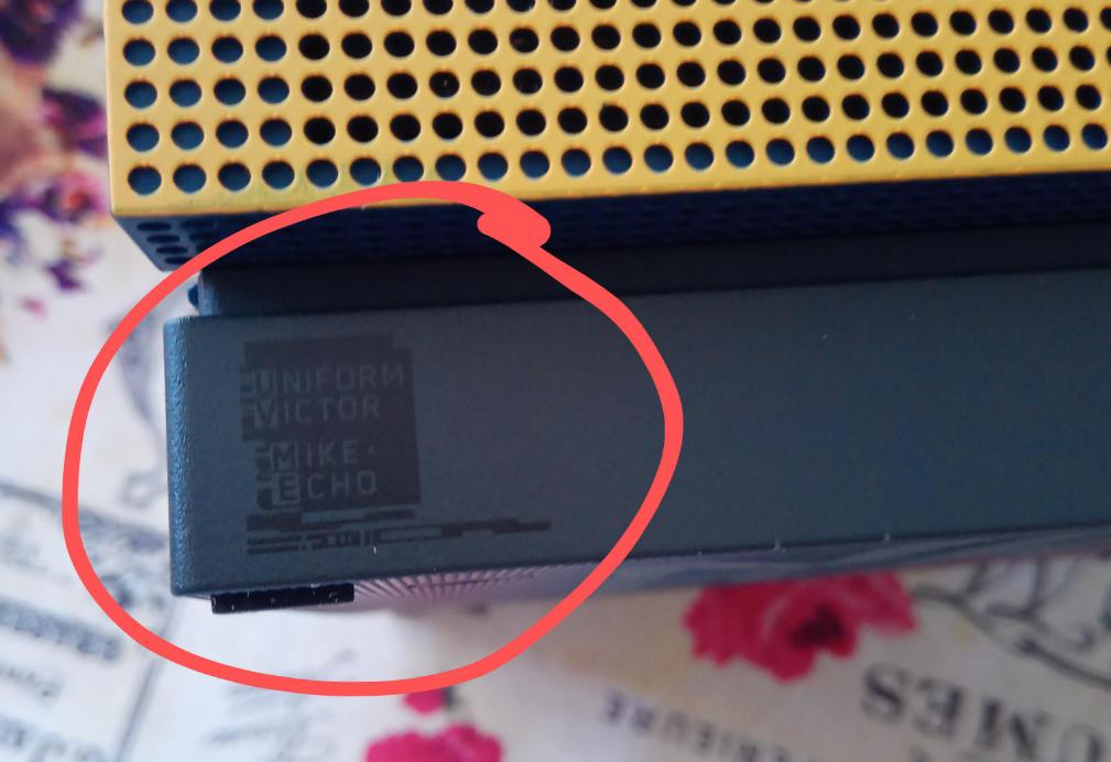 Игроки нашли секретную пасхалку на новой приставке Xbox One X в стиле Cyberpunk 2077