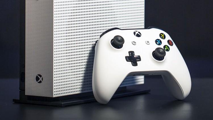 Новая версия Xbox One S появилась в базе у ритейлеров