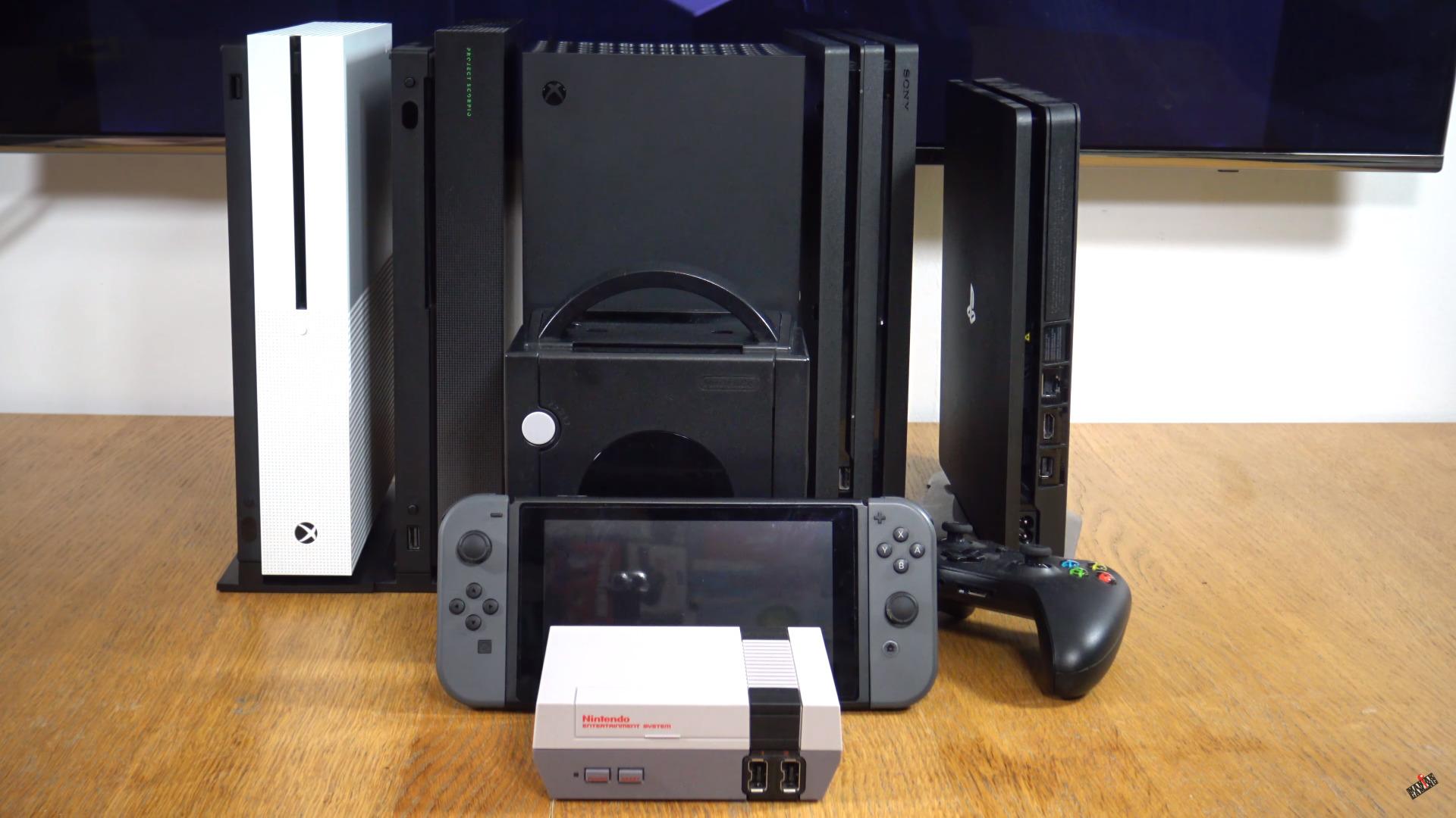 Как выглядит Xbox Series X в реальности показали на видео и сравнили с другими консолями