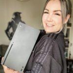 Xbox Series X уже появляется у журналистов и блоггеров: новые живые фото