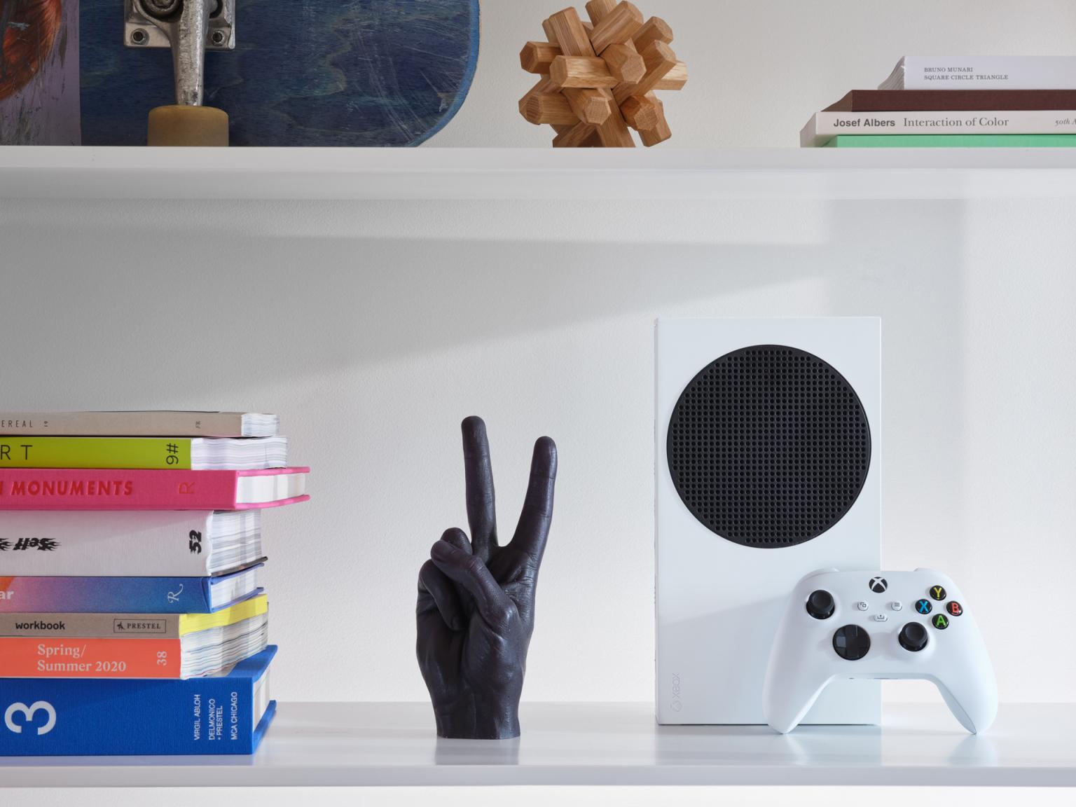 Новые фотографии Xbox Series X и Xbox Series S в интерьере
