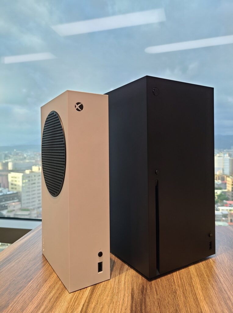 Xbox Тайвань предлагает лучшее сравнение размеров Xbox Series X и Xbox Series S
