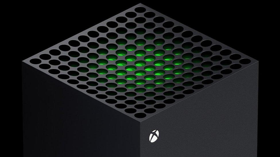 В новой прошивке Xbox появилась сквозная передача звука