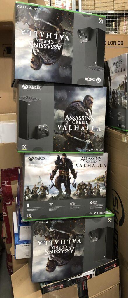 Бандл Xbox Series X с Assassin's Creed Valhalla