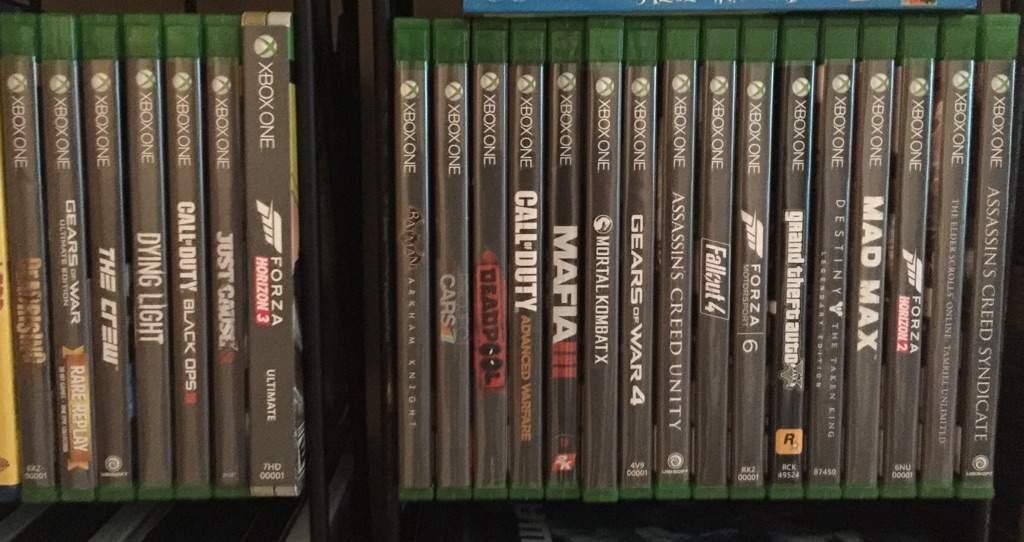 Как выглядит коллекция из 800+ дисков с играми для Xbox One