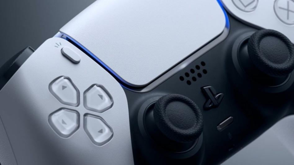 Microsoft интересует отношение Xbox игроков к новому геймпаду Playstation 5