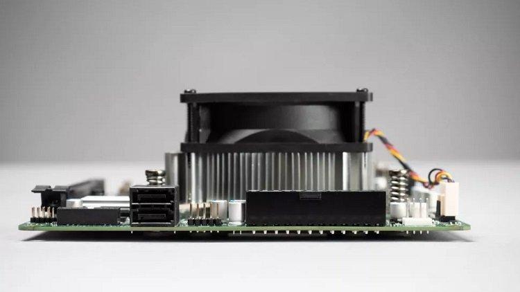 AMD использовала бракованные чипы Xbox Series X в платформе 4700S для компьютеров