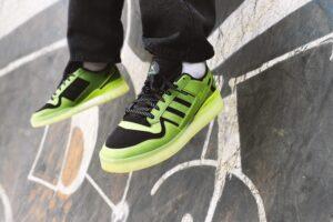 Adidas представил кроссовки к 20-летию Xbox